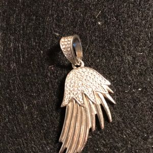 Accessories - SS angel wing pendant